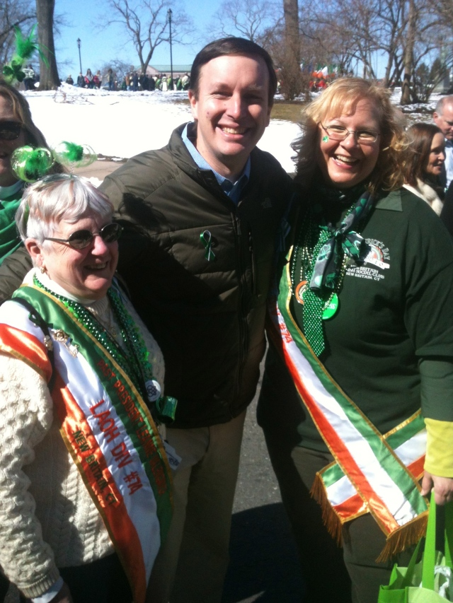 Sen. Chris Murphy with Leanne Valengavich and Suzanne Bielinski.