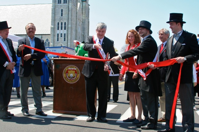 "City officials and members of the Polonia Business Association cut the ribbon on ""Little Poland Day"" April 28th"