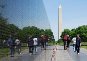 vietnam-memorial-wall-picture
