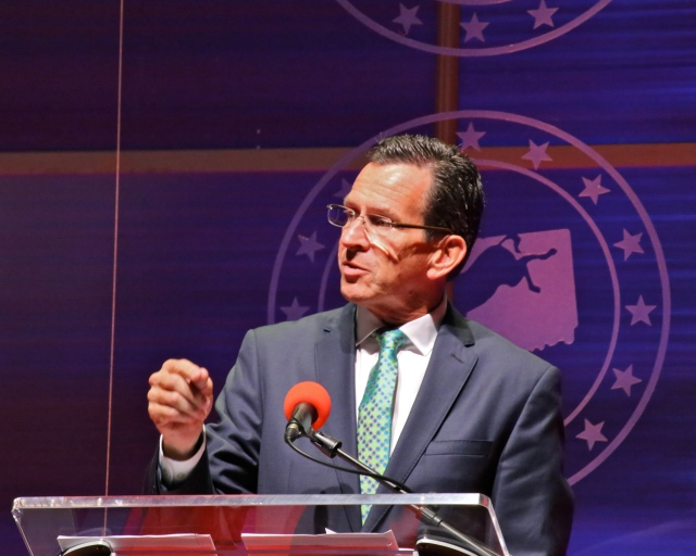 Governor Malloy makes a strong case for re-election at Democratic dinner.